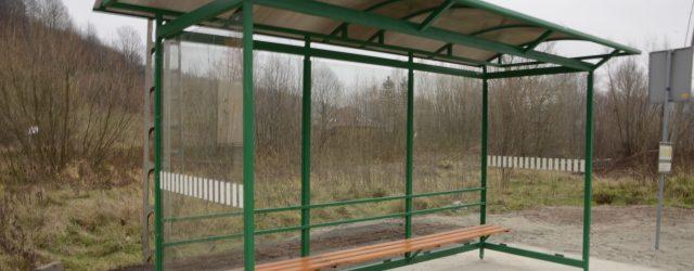 Regionalna Dyrekcja Ochrony Środowiska we Wrocławiu poinformowana o niewłaściwym zabezpieczeniu szklanych wiat przystanków na obszarze Dolnego Śląska
